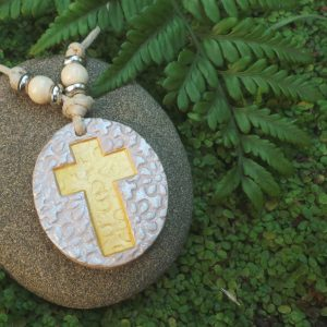 Christian Cross Flower Gold/Pearl