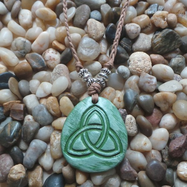 Holy Trinity / The Triquetra - Green