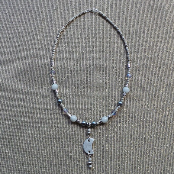 Crescent Moon Necklace - White/Silver