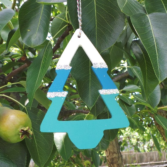 Australian Christmas Tree Decoration - Wild Sea