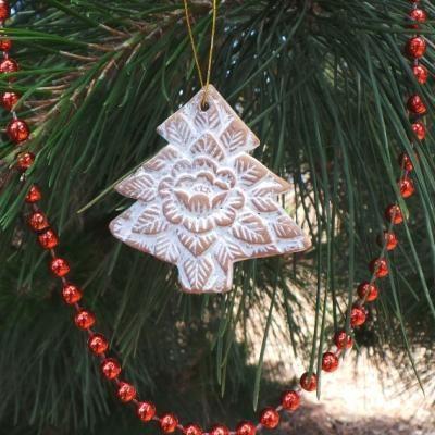 CELEBRATING THE CHRISTMAS TREE
