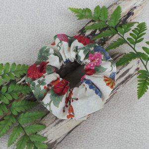 Oriental Style Scrunchie  - Cream/Pink