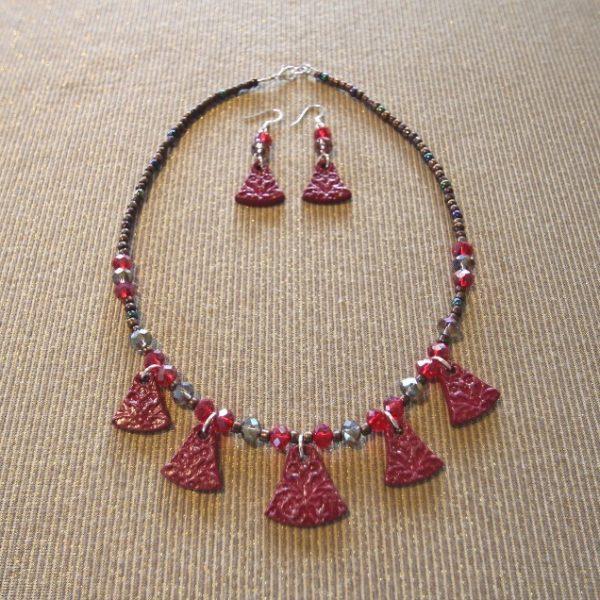 Florentine Inspiration, Short Necklace & Earrings: Plum/Ruby