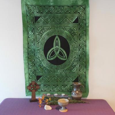 Altar Cloth, Celtic Trinity - Green/Black