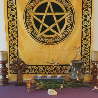 Altar Cloth, Pentagram Celtic - Yellow/Black