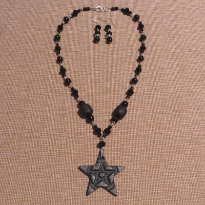 Gothic Style Pentacle - Black